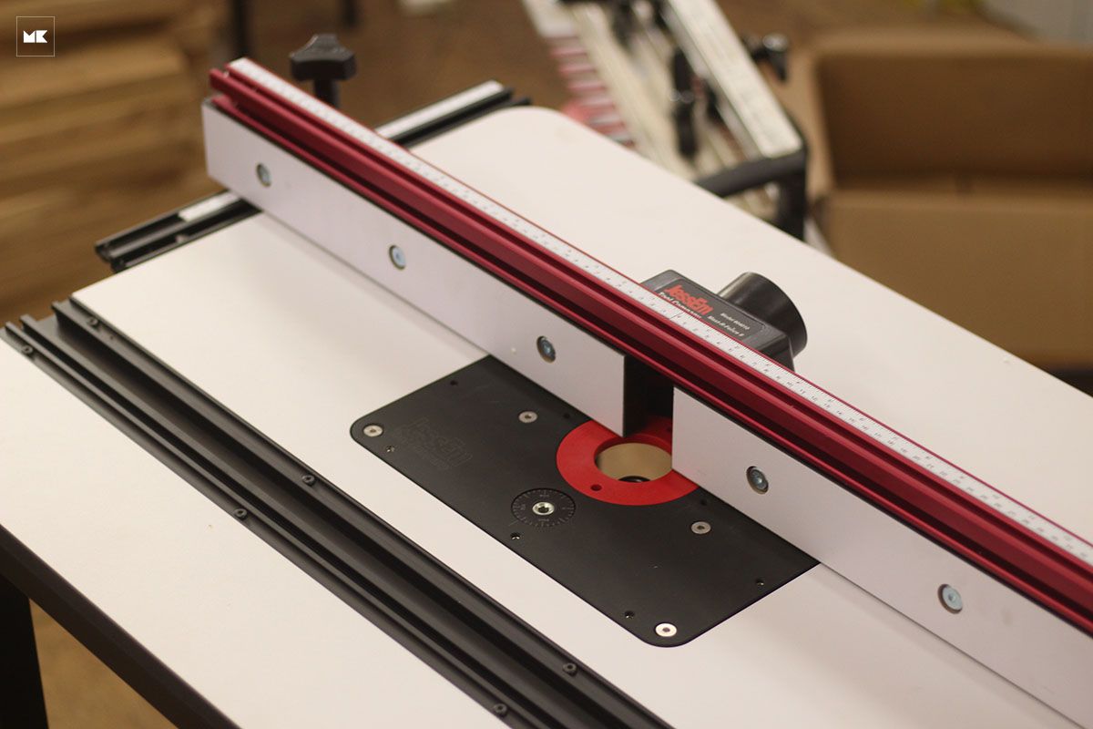 Build máy phay bàn Jessem Mast-R-Lift